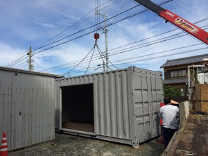 20ftシャッター改造コンテナ納品 静岡県20171018