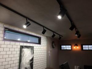 コンテナハウス 美容室 タイル工事 サブウェイタイル