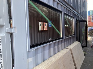 40ftノーマルコンテナ窓取付202009